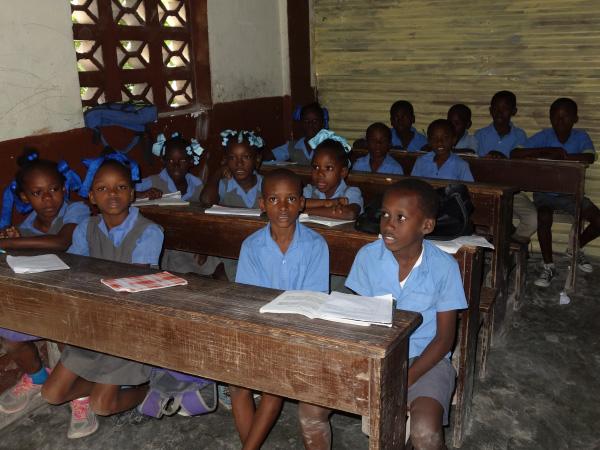 Bambou school children